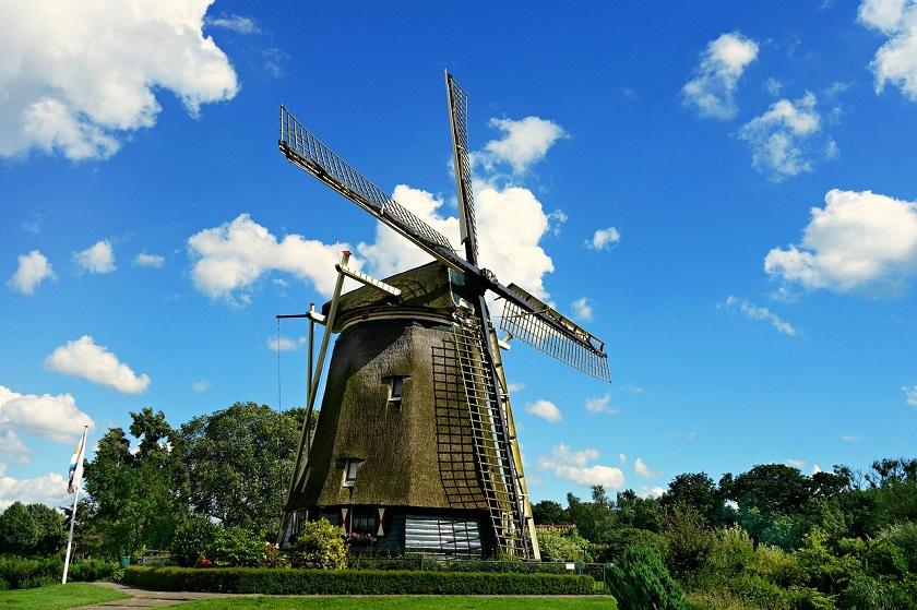 windmill-1546912_1280.jpg