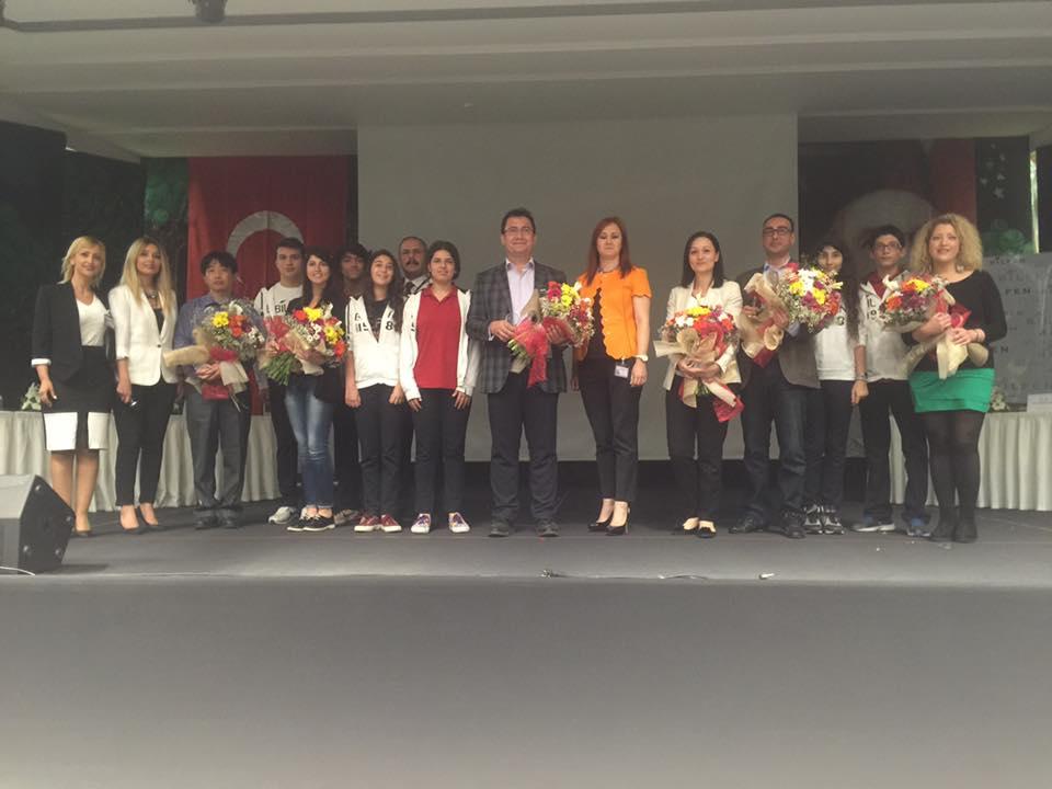AGÜ Yaşam ve Doğa Bilimleri Fakültesi öğretim üyeleri Özel İskenderun Bilfen Lisesi'nin düzenlediği 1.Kariyer Günleri'ne katıldı.