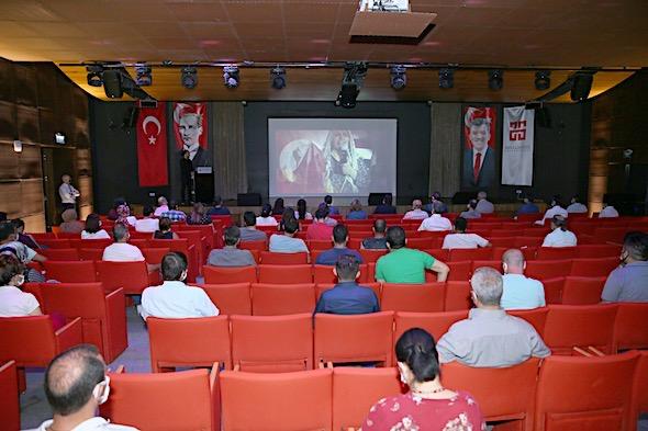 AGÜ'de 15 Temmuz Demokrasi ve Milli Birlik Günü Programı