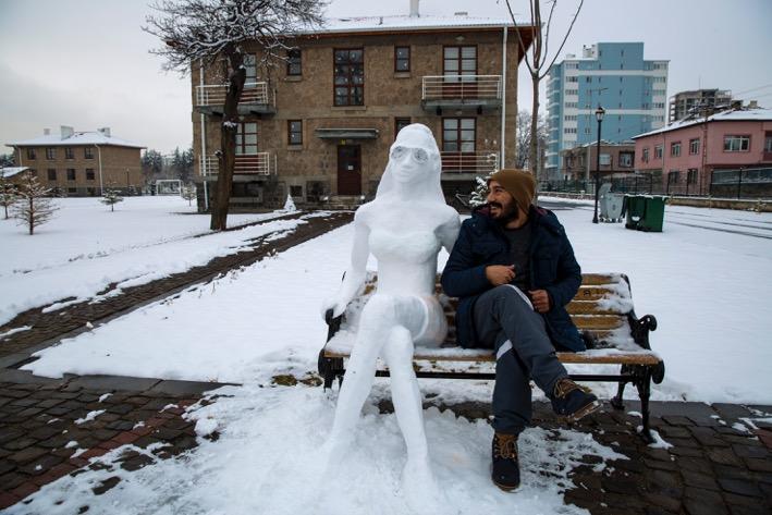Kar ile Yapılan Sanat...