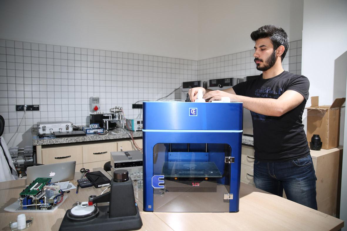 AGÜ Makine Mühendisliği Öğrencileri, Henüz Mezun Olmadan İş Teklifleri Alıyor...