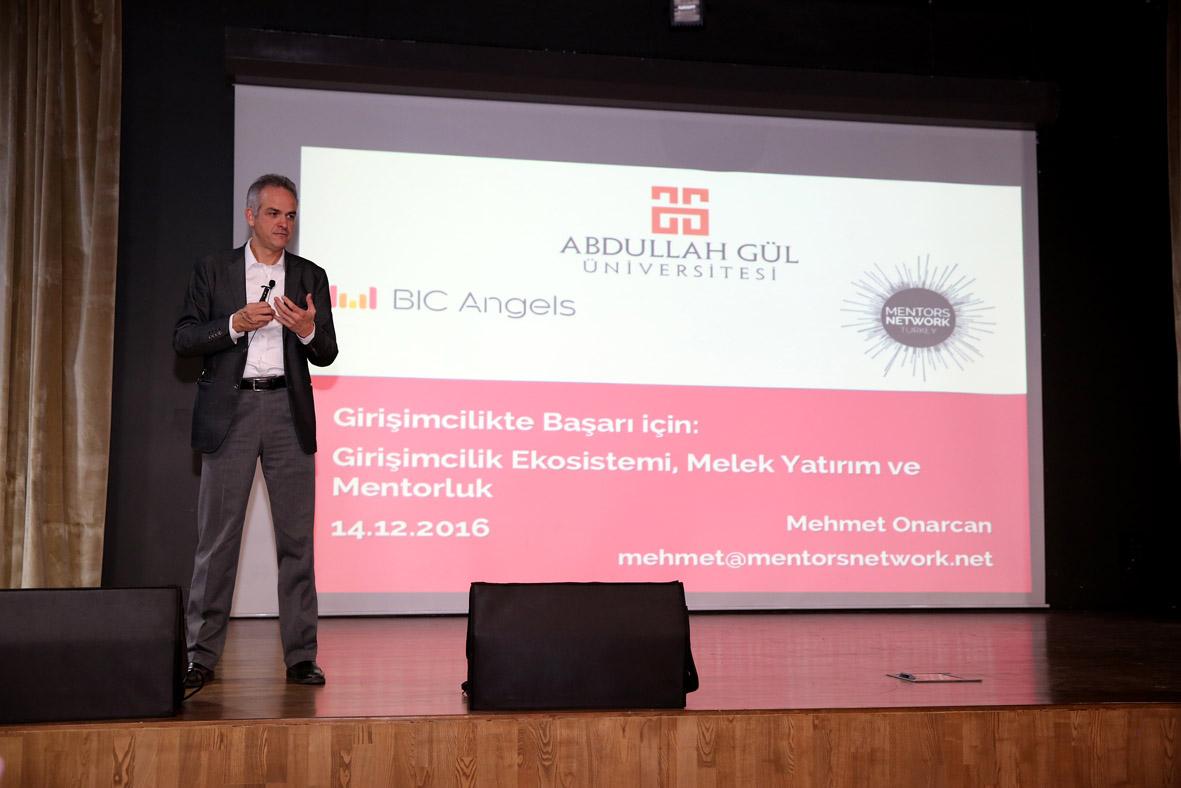 AGÜ'de Girişimcilik Semineri...