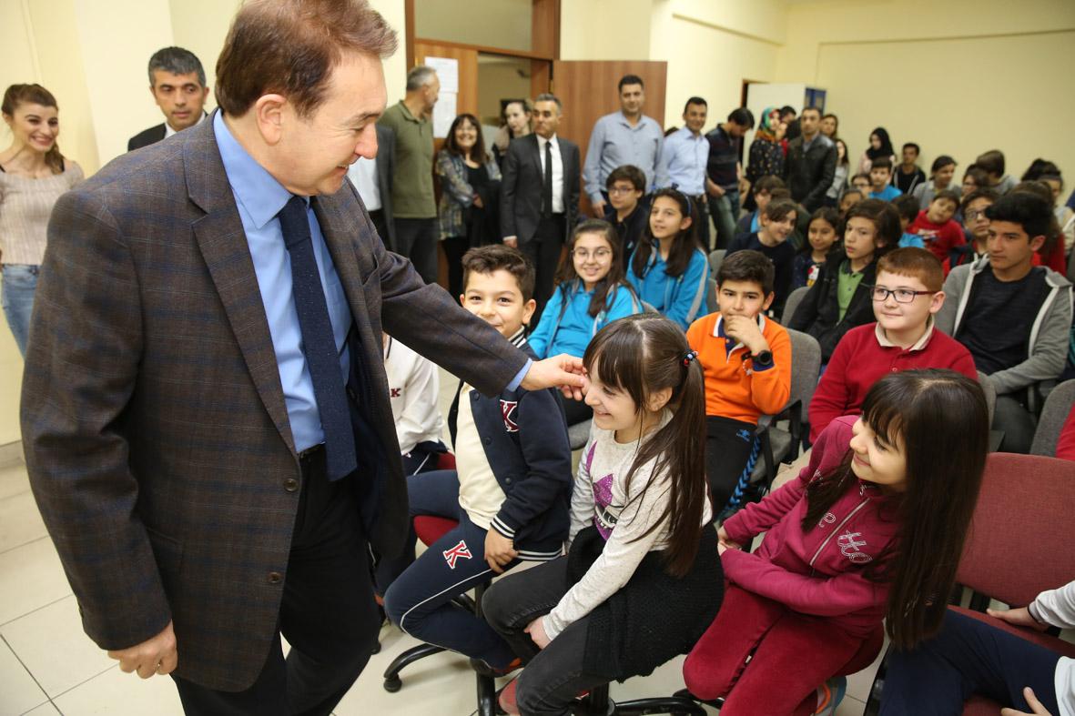 AGÜ'den Çetin Şen Bilim ve Sanat Merkezi'ne Ziyaret...