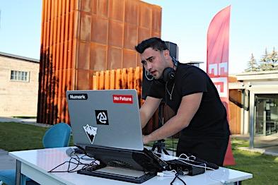 AGÜ'den Online Güz Fest