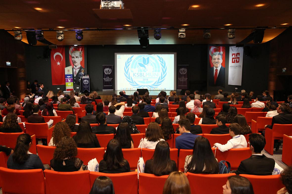 AGÜ Ev Sahipliğinde Birleşmiş Milletler Konferansı...
