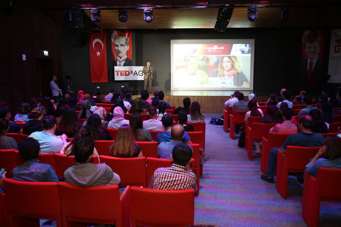 AGÜ'de TEDx Konferansları...
