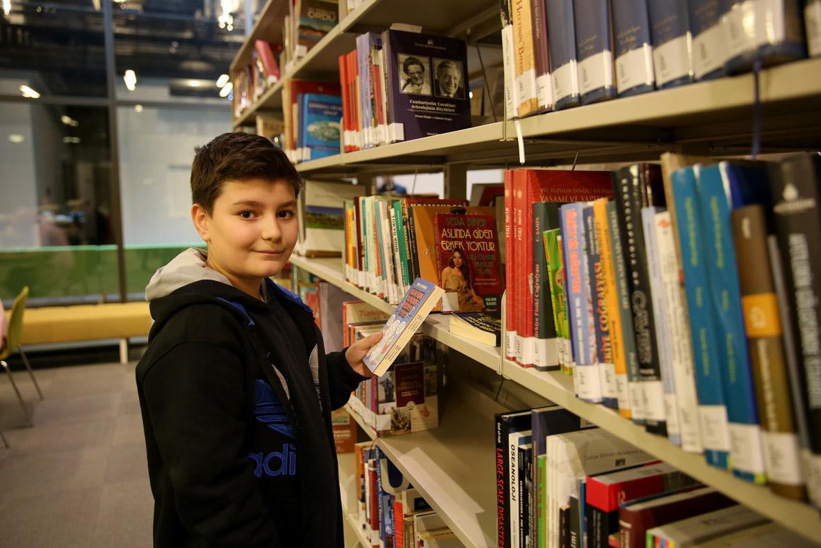 AGÜ'de Kütüphaneler Haftası Etkinlikleri...