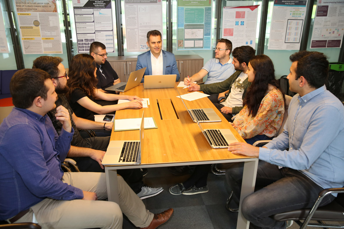 Endüstri Mühendisliği Bölümü Lisans Bitirme Projelerine TÜBİTAK Desteği...