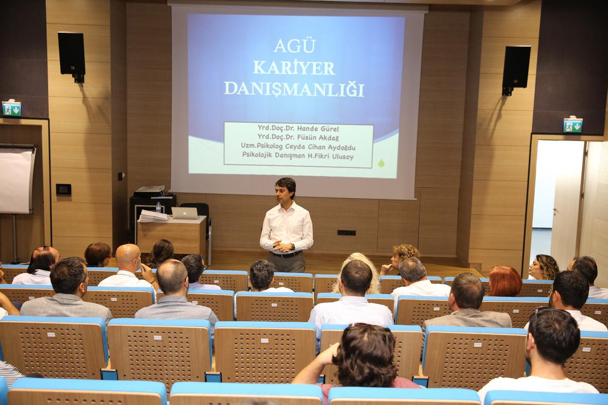 AGÜ'de Kariyer Danışmanlığı Eğitimi...