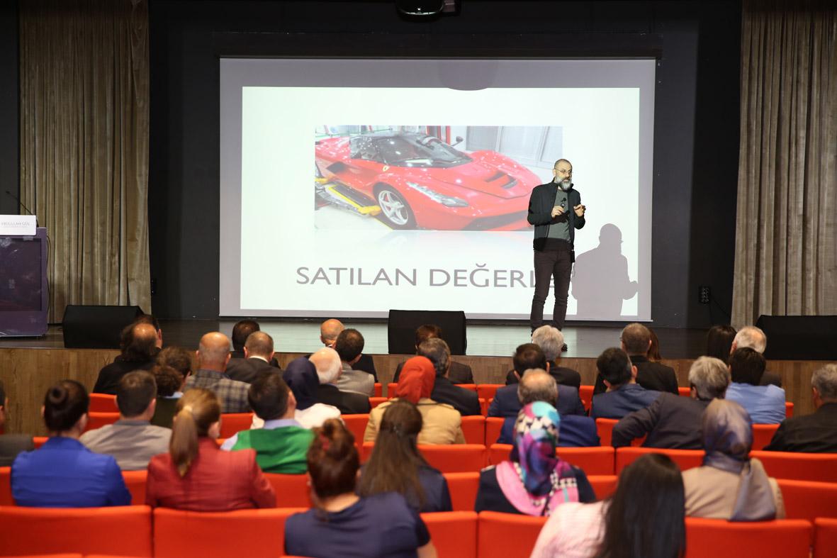 """AGÜ'de """"Eğitim İçin Hayal Et"""" Konulu Konferans..."""