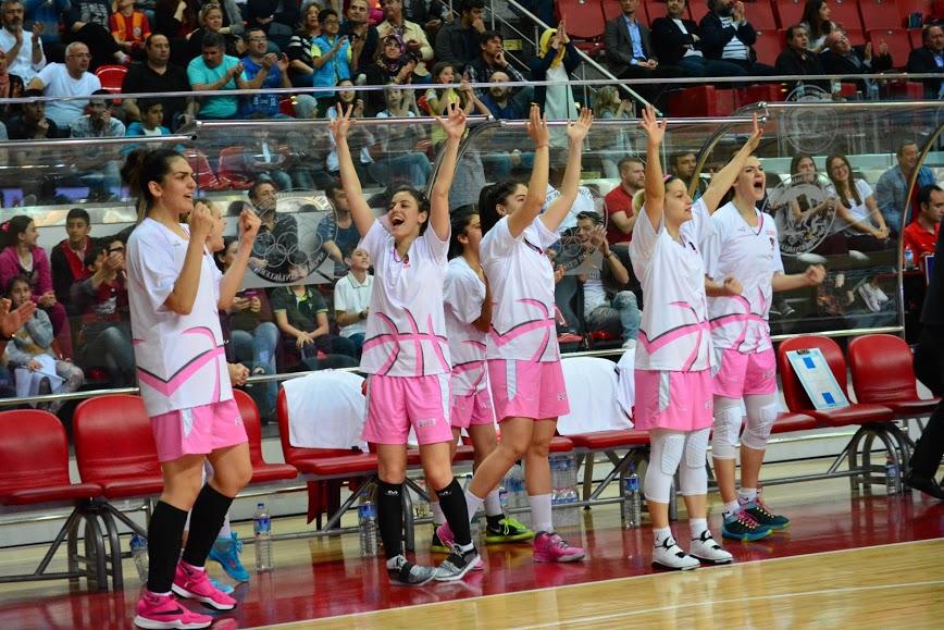AGÜ Spor, Play-Off'ta Yarı Finalde...