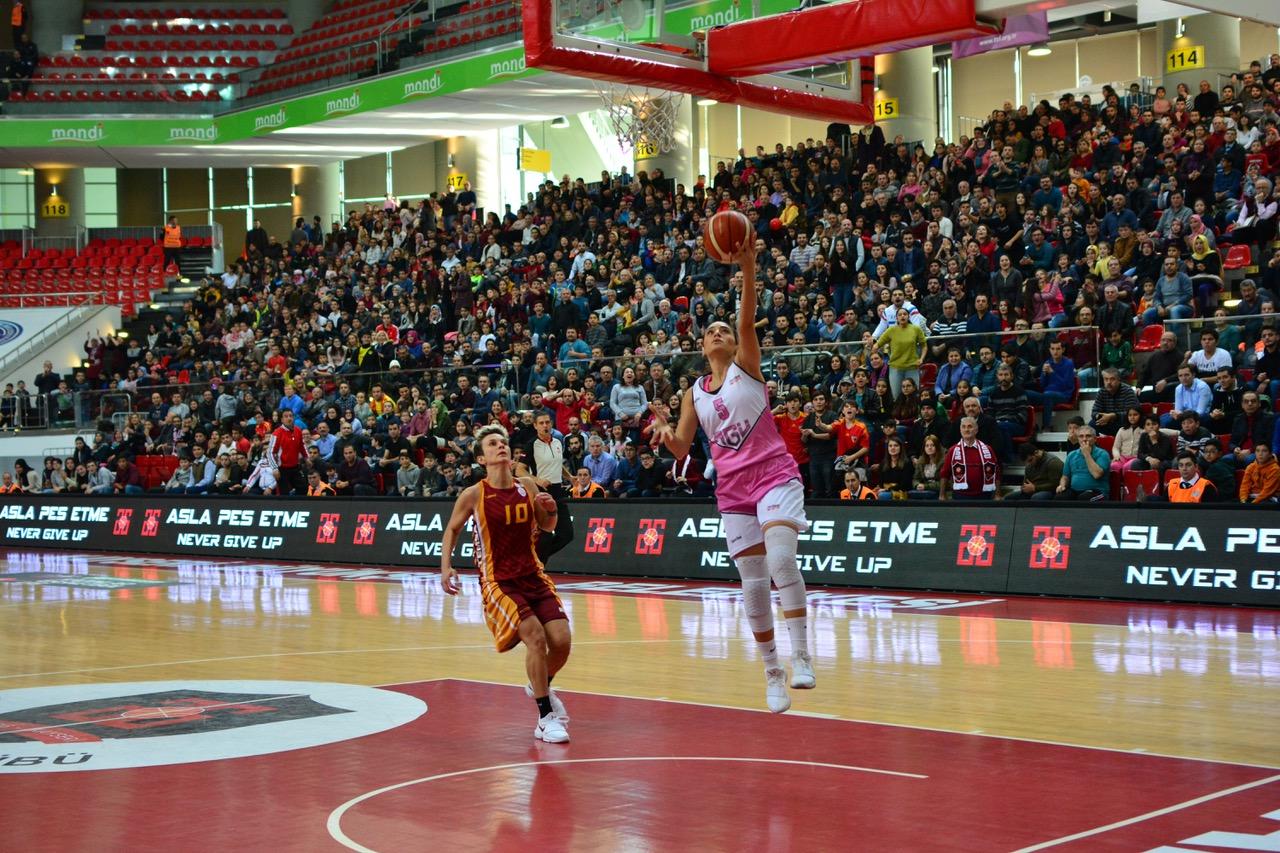AGÜ Spor'dan Galatasaray Galibiyeti