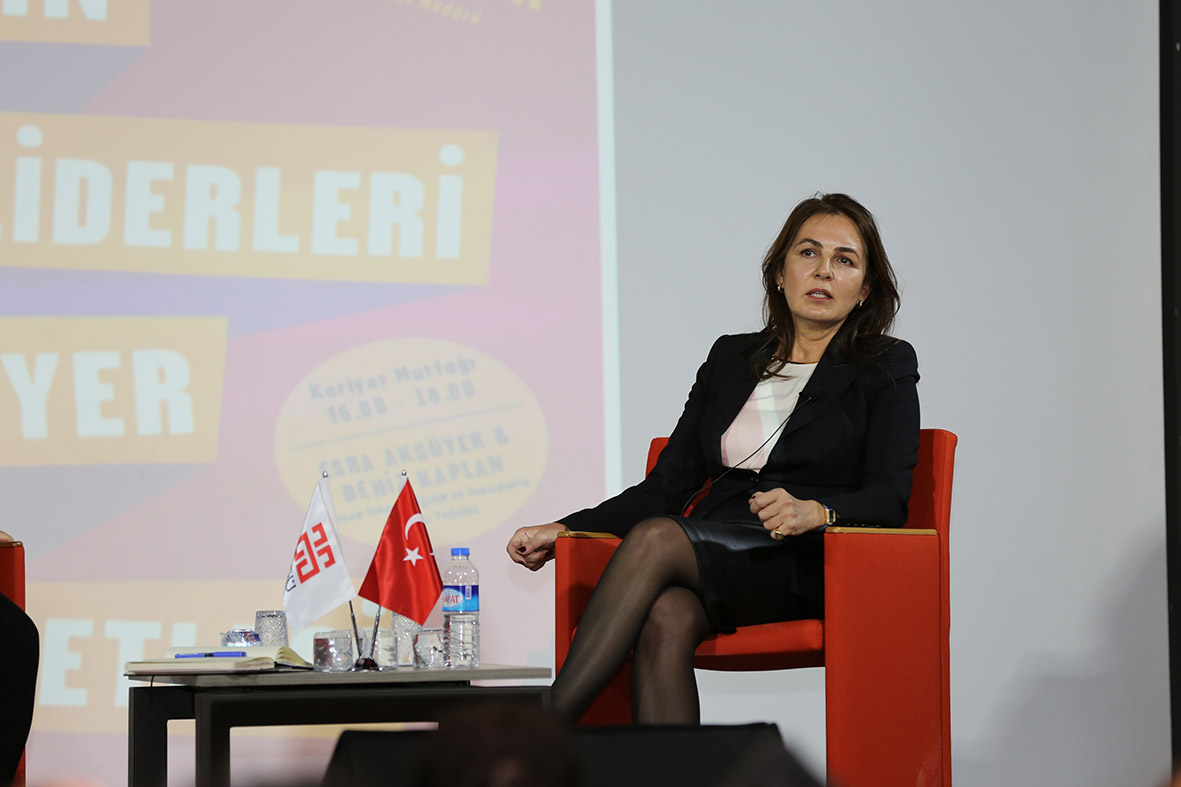 AGÜ'de Geleceğin Liderleriyle Kariyer Sohbetleri...