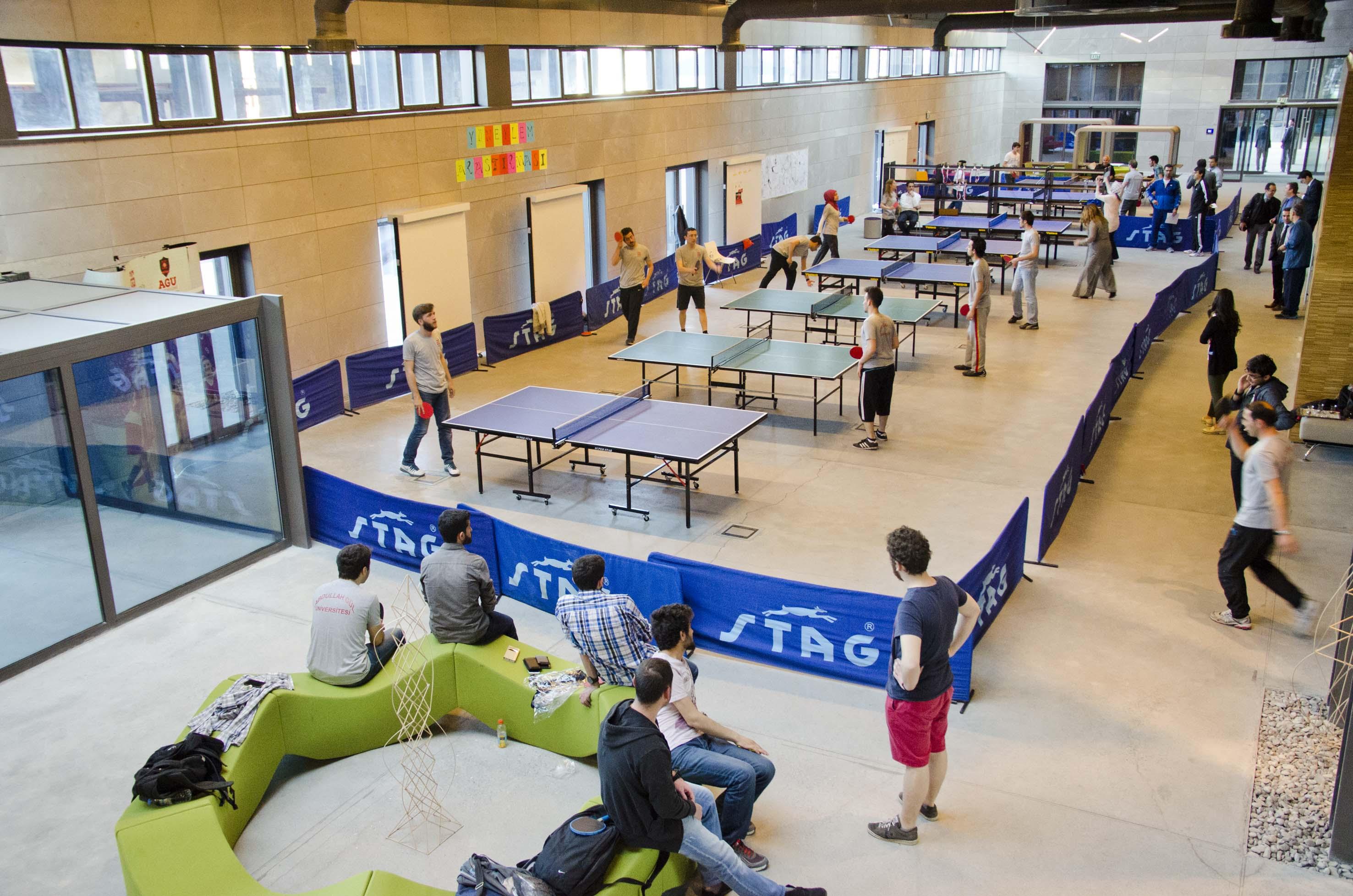 AGÜ'de Masa Tenisi Turnuvası