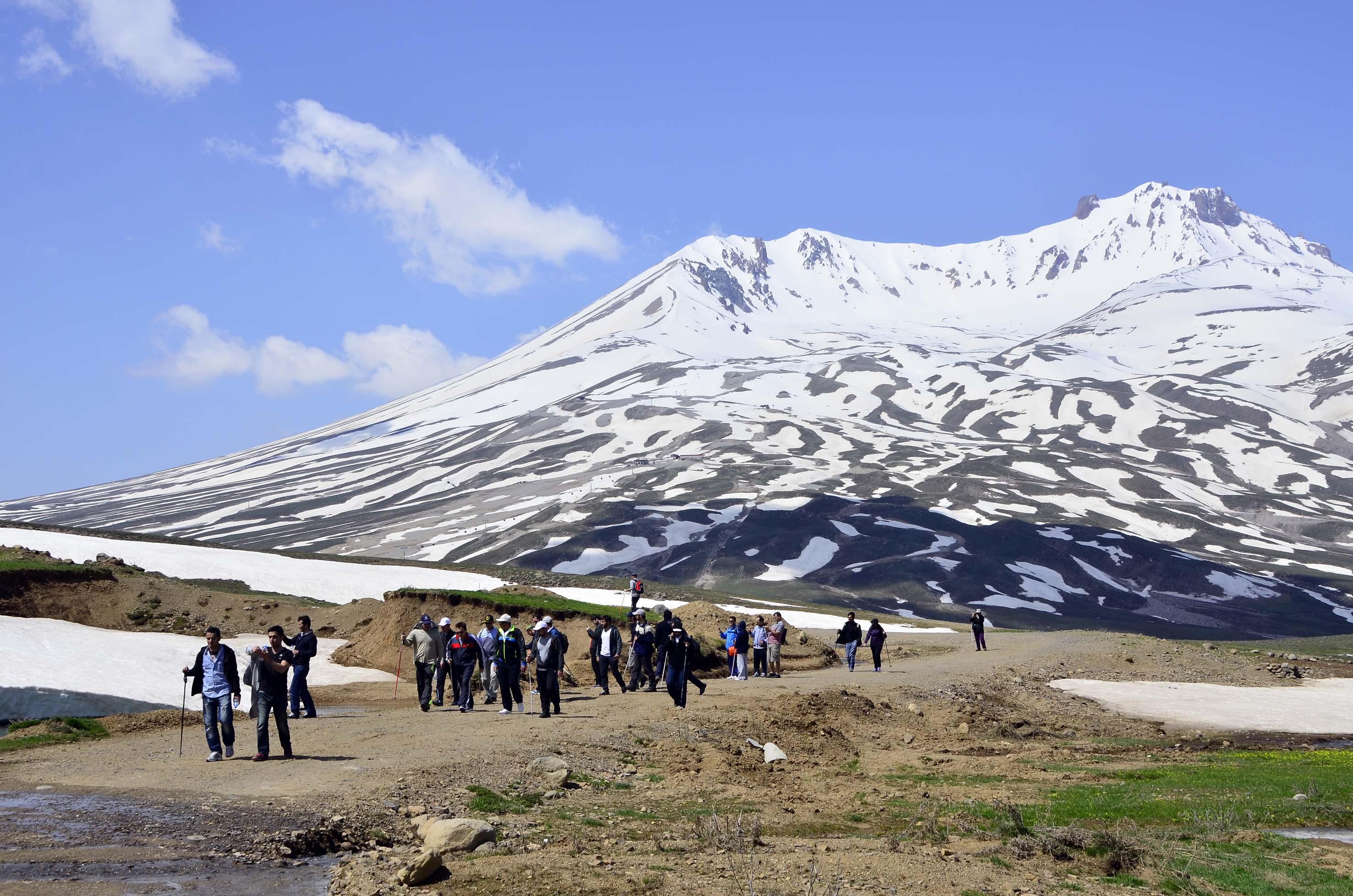 Erciyes'te Bir Günlük Doğa Yürüyüşü...