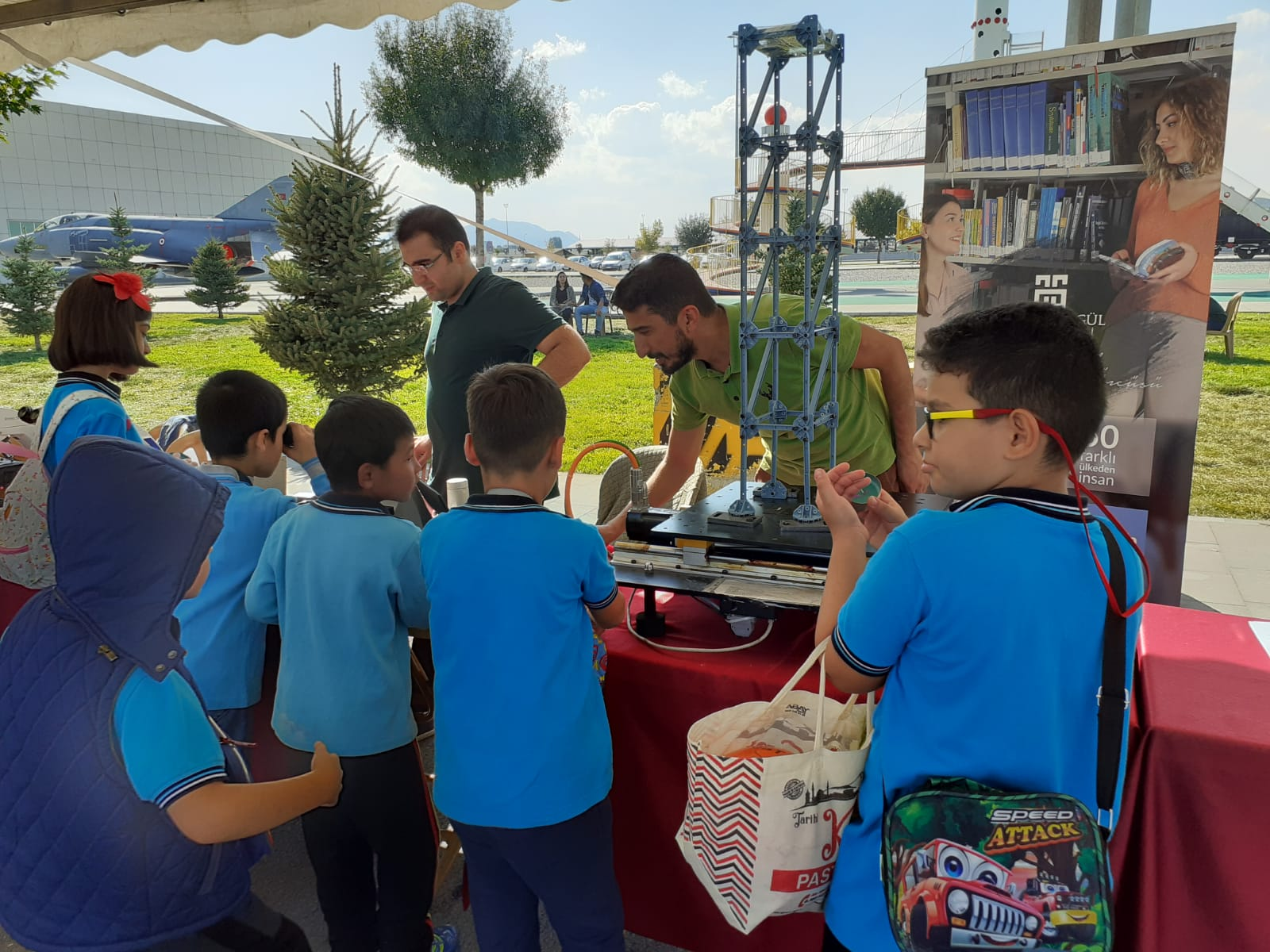AGU Department of Civil Engineering at the 4th Science Festival
