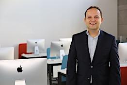 AGÜ Öğretim Üyesi Prof. Dr. Çağrı Güngör'e Türkiye Bilişim Derneği'nden Bilim Ödülü