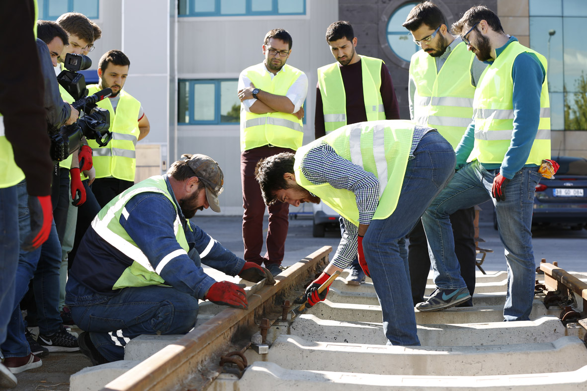 Hands-on Course on the Field for AGU Civil Engineering Students