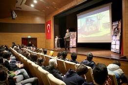 Rektör Sabuncuoğlu'ndan Kolej ve Liselerde Seminer...
