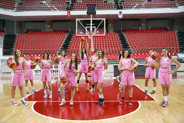 AGÜ Spor, Liderliğini Sürdürdü...