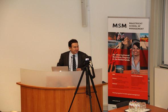 """Hollanda'da """"Yükseköğretimde Liderlik ve 3. Nesil Üniversiteler"""" Forumu..."""