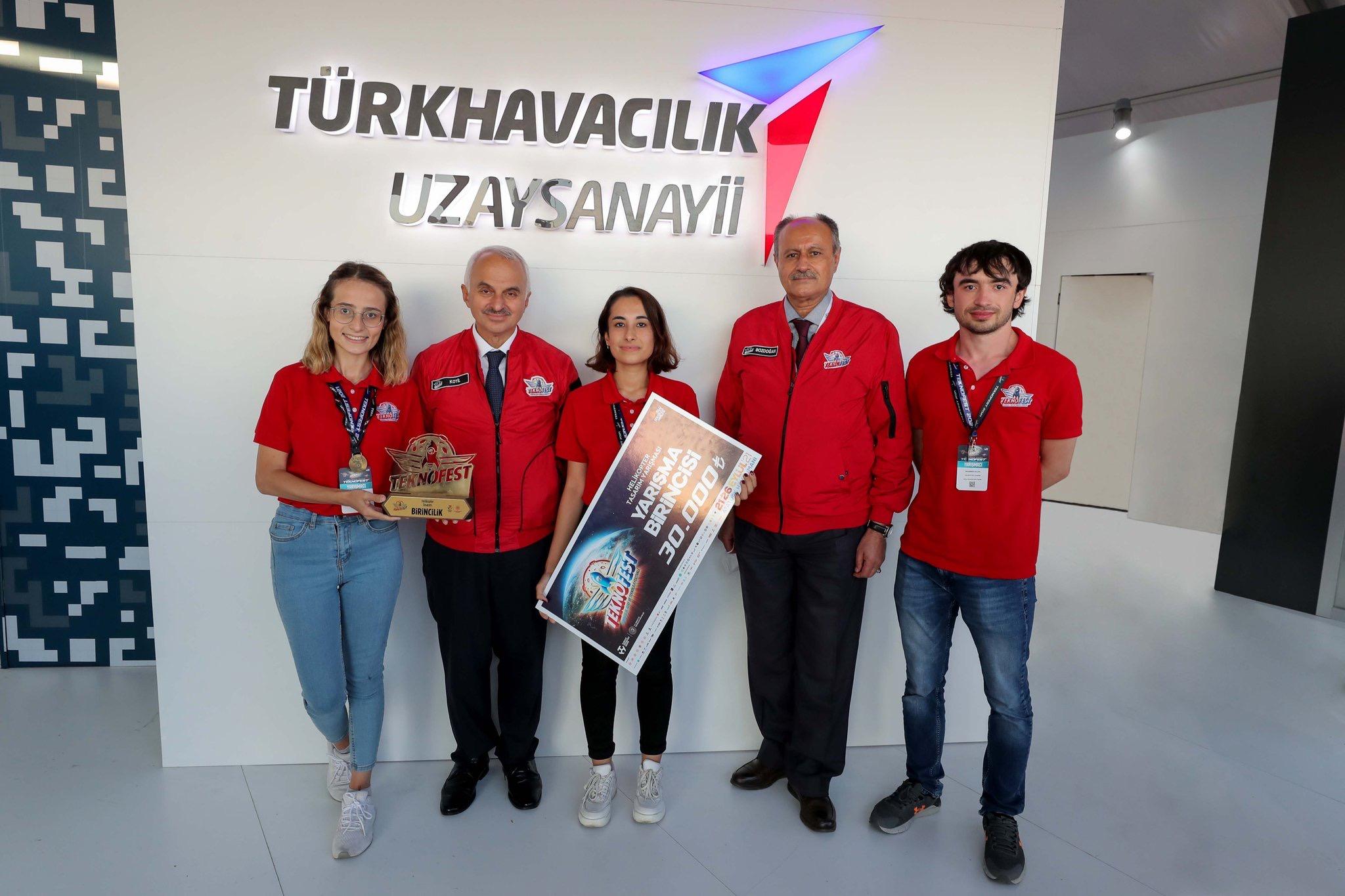 AGÜ Öğrencilerine Teknofest'ten İki Ödül