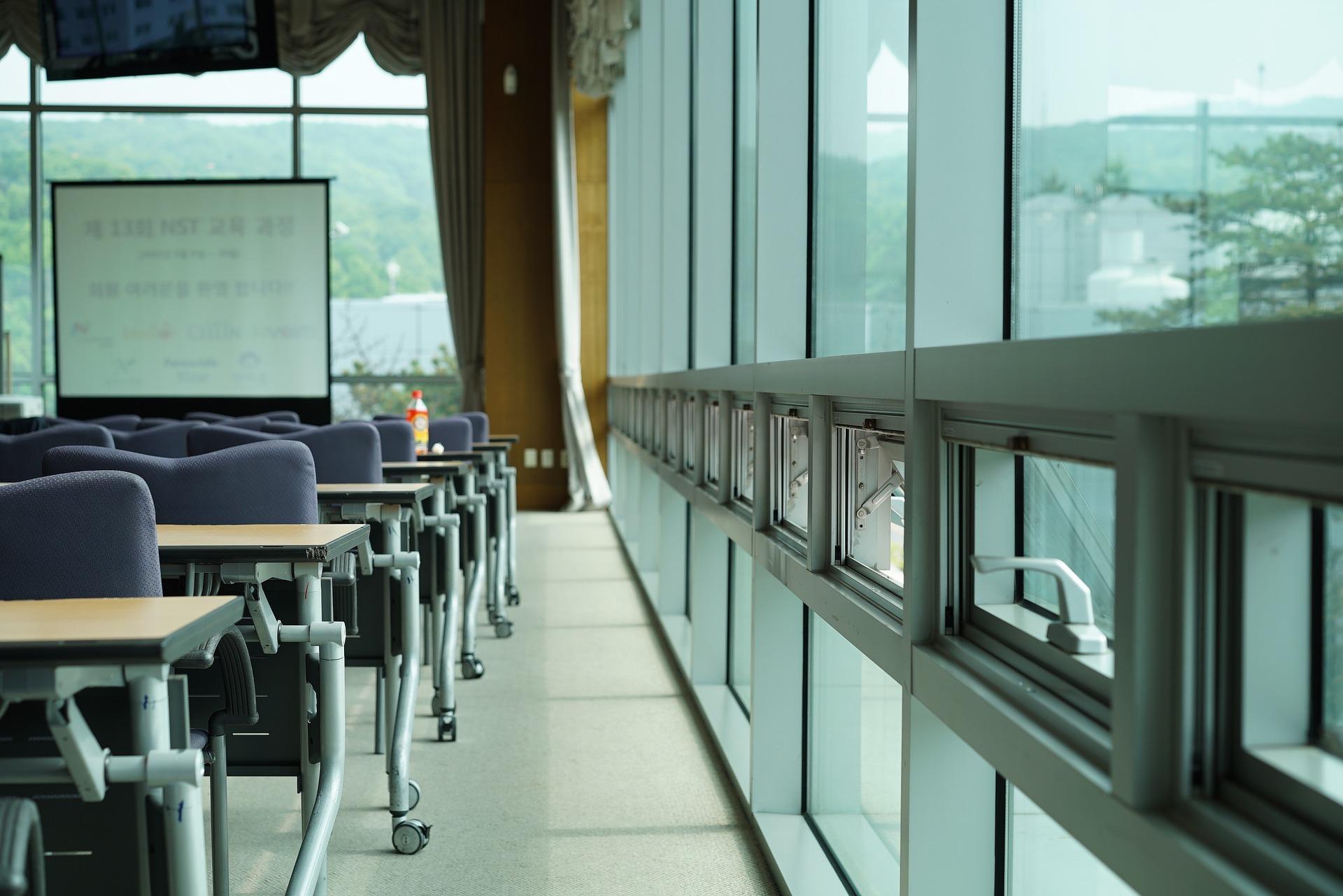 2015-2016 Bahar Dönemi Lisansüstü Ders Programı ve Derslikler