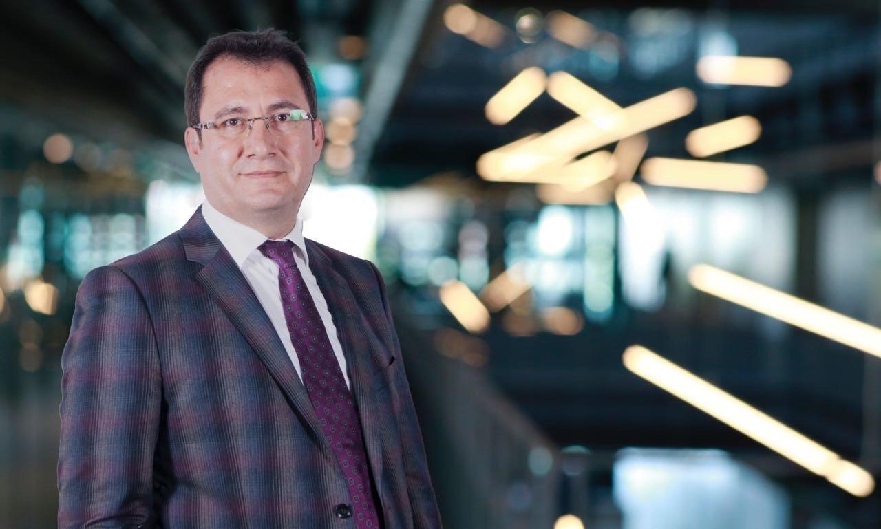 Prof. Dr. Yusuf Baran'a Eczacılık Akademisi'nden Ödül...